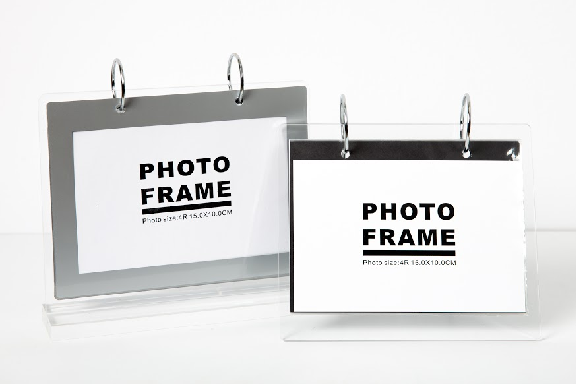 BLACK AND WHITE PHOTO FRAME SET 2